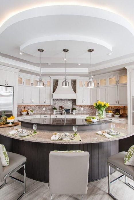 25+ Kitchen Island Ideas With Seating & Storage » Jessica