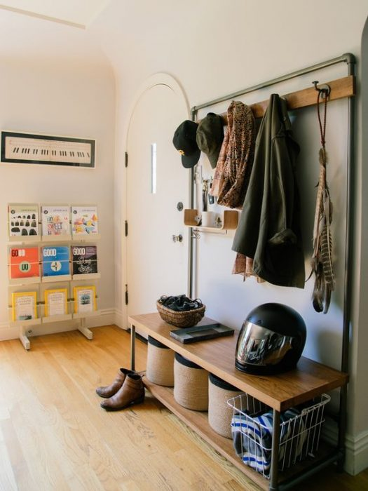 Best 15+ Modern Entryway Ideas With Bench » Jessica Paster