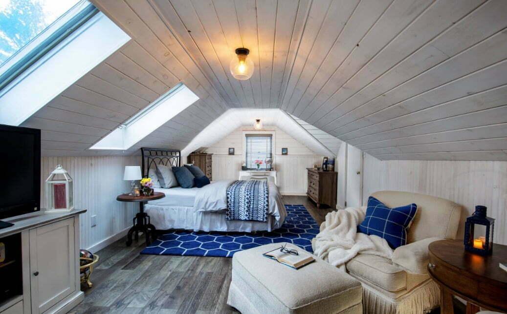 15 Inspiring Attic Bedroom Ideas 187 Jessica Paster
