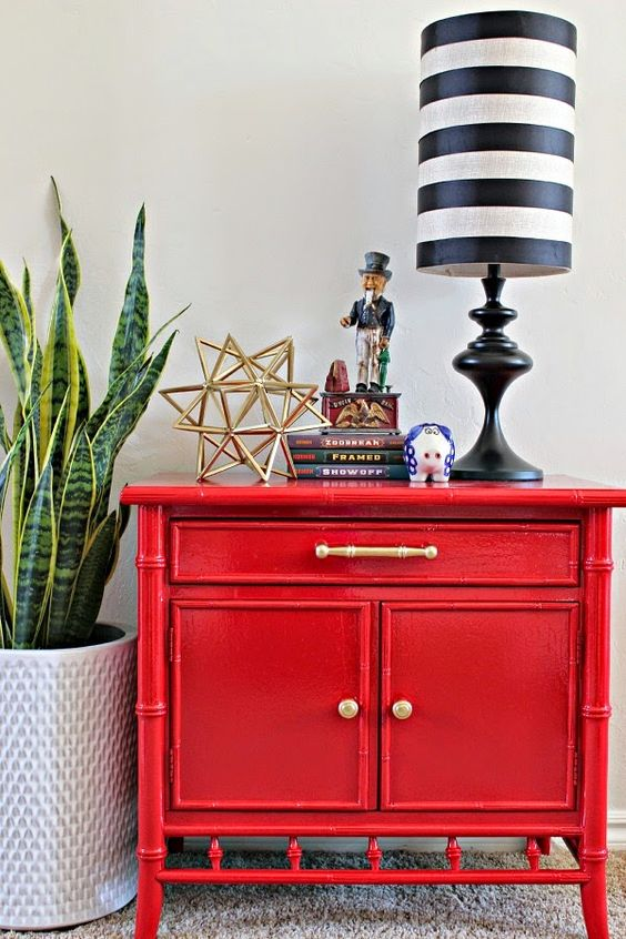 Best 25+ Nightstand Ideas for Small Spaces | Jessica Paster