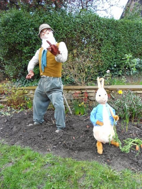 scarecrow ideas for garden